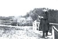 В. Серов на рыбной ловле. Фотография. Конец 1900-х годов